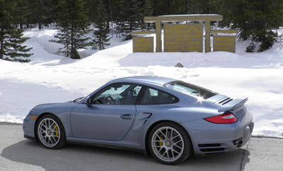 Porsche 911 Turbo S at the Great Divide (click for larger version)