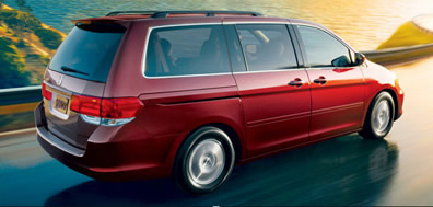 Honda Odyssey (trim different from test unit)